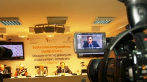 Press conference held in order to present the project