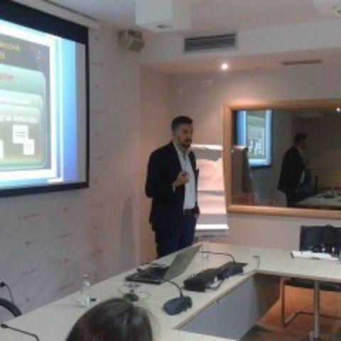 Glavni pregovarač za vođenje pregovora o pristupanju Crne Gore Evropskoj uniji, ambasador Aleksandar Andrija Pejović, održao predavanje u Školi za evroatlantske integracije