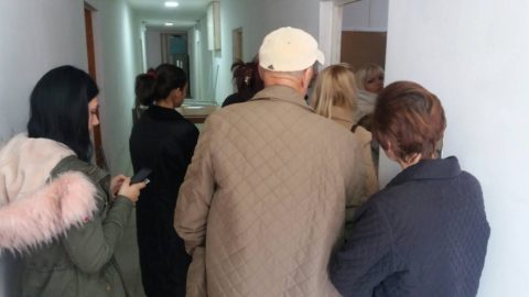Reagovanje: CeMI demantovao OIK da je biračko mjesto broj 2 Hollegro otvoreno na vrijeme