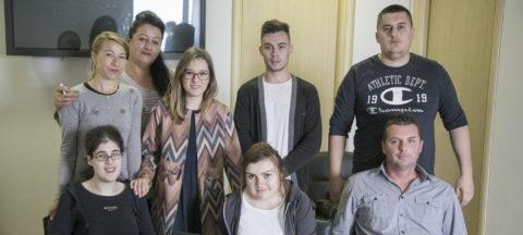 Deset OSI biće obučeno za rad na računaru i sprovođenje istraživanja javnog mnjenja